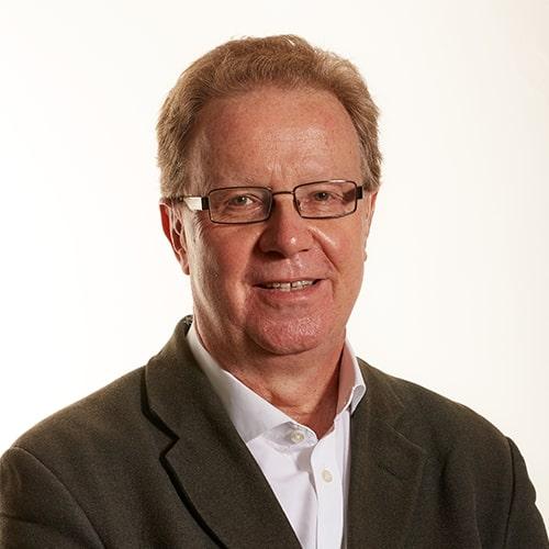 Mr C. Tom  Davis