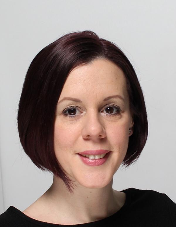 Dr Laura William
